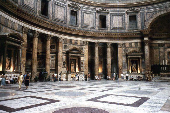 Tour Raffaello em Roma