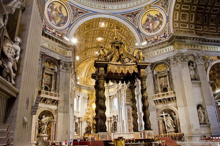 Saint Peter Basilca Tour